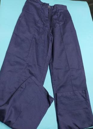 Надежные штаны для гор и экстремальных условий.
