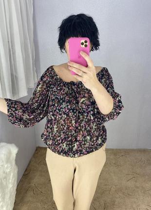 Красивая стильная блуза