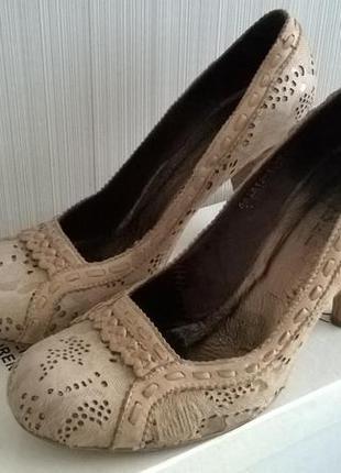 Туфли кожаные casadei