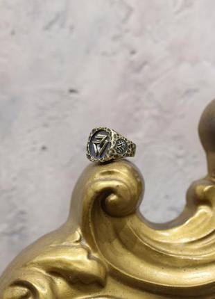 Мужской перстень кольцо печатка,в кельтском стиле