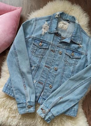 Стильный джинсовый пиджак denim