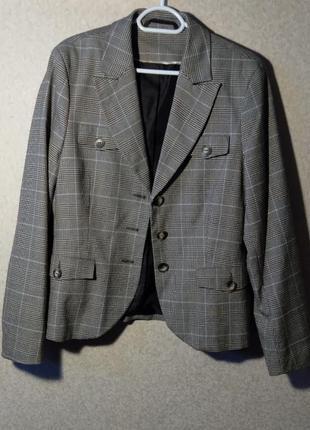 Пиджак  yessica клечатый,ну очень стильный!)