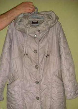 Женское демисезонное пальто plist