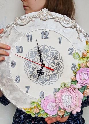 """Объемные настенные часы """"пионы с миниатюрными персиковыми розами"""" подарок любимой"""