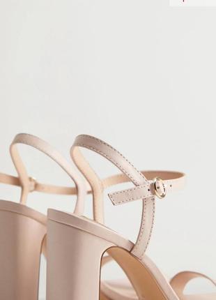 Кожаные босоножки на каблуке mango3 фото