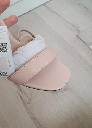 Кожаные босоножки на каблуке mango6 фото