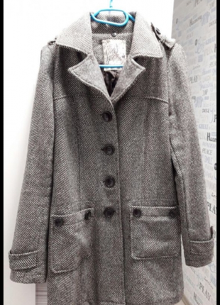 Пальто осенее
