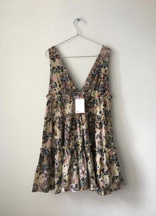 Новое ярусное платье с цветочным принтом asos бежевый сарафан из натуральной ткани