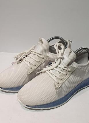 Кроссовки кросівки oubaili