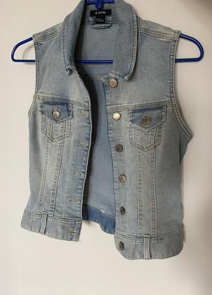 Жилетка джинсовая xs