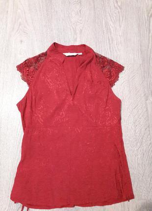Блуза с кружевными рукавами
