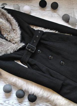 Актуальне пальто по фігурі з поясом, сезон весна/осінь