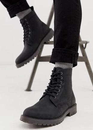 Ботинки. мартинсы