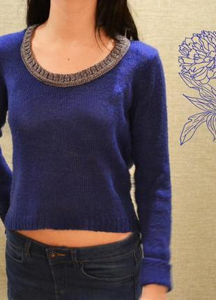 Короткий свитерок