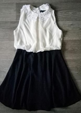 Платье с кружевным воротничком atmosphere