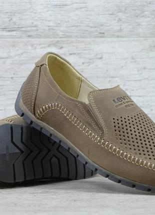 Летние кожаные туфли levis