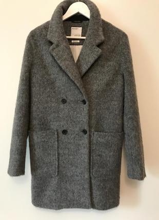 Стильное пальто-кокон от  broadway