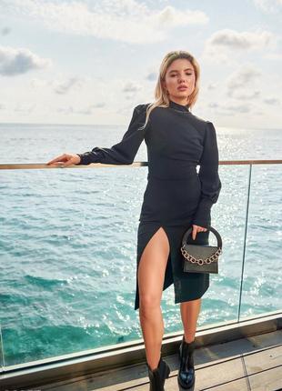 Черное миди-платье с вырезом gepur, размер s