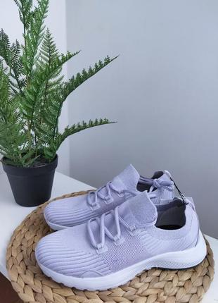 Лілові легкі кросівки від lefties