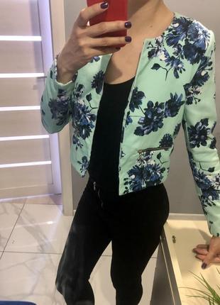 Пиджак цветочный принт жакет