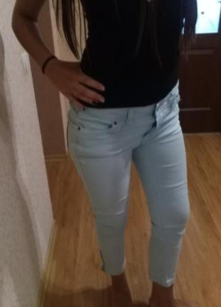 Ніжні м'ятні штани