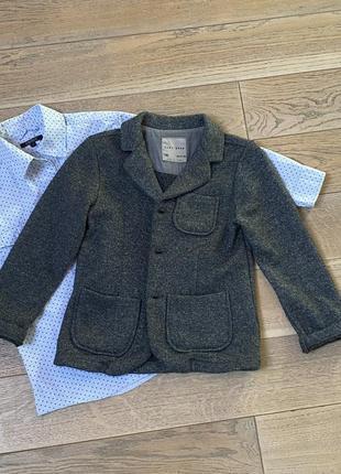 Пиджак шерсть для мальчика zara на 5-6 лет