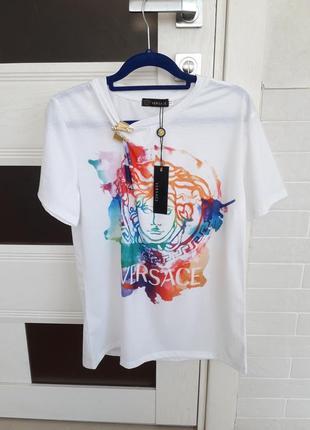 Мега крутая брендовая футболка