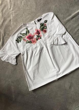 Крутая повседневная объемная белая блуза с вышивкой shein6 фото