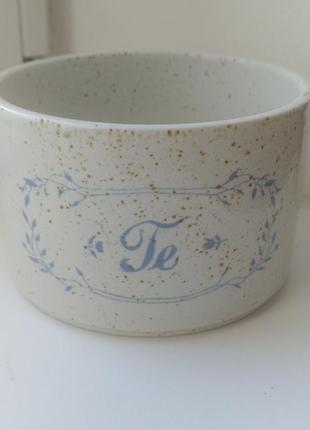 Емкость бренда pentik для хранения чая