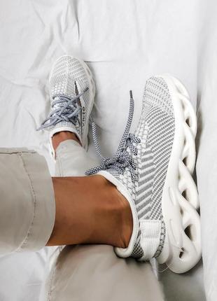 Текстильные кроссовки с узорной подошвой стиль, жіночі кросівки