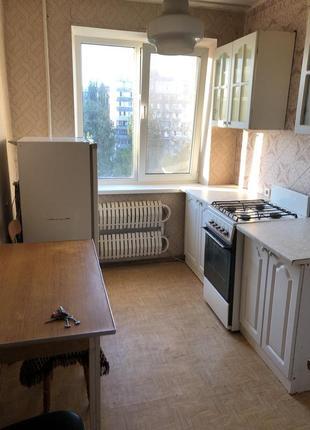 Польский белый кухонный гарнитур.