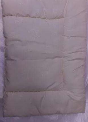 Гипоаллергенная  подушка для ребенка до года