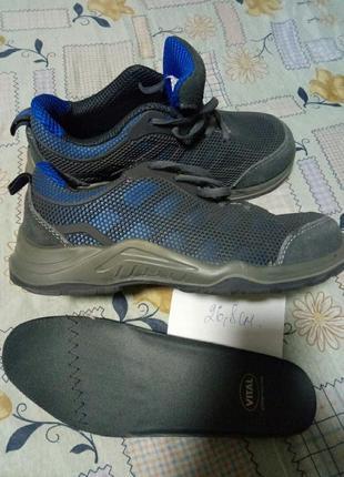 Спец ботинки,защитные, vital,ст.26.8см, к-12