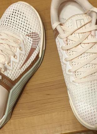 Оригинальные кроссовочки nike 36 размер