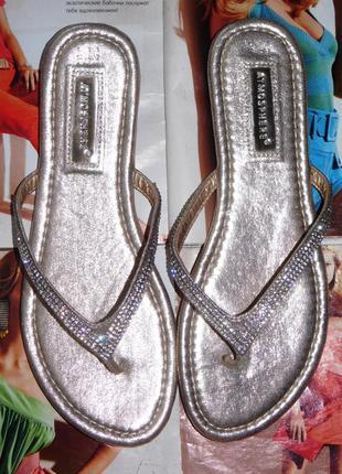 Шлепанцы шлепки вьетнамки сандалии на плоской подошве металлик