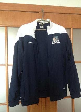 Спортивна куртка nike