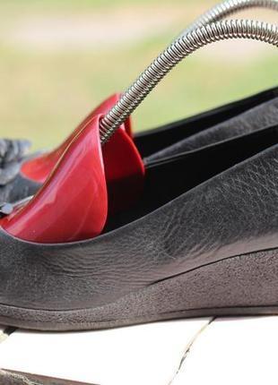 Кожаные туфли caprice 36-37