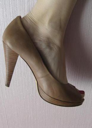Varese бежевые туфли кожа
