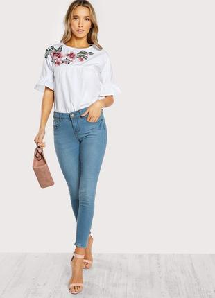 Крутая повседневная объемная белая блуза с вышивкой shein2 фото