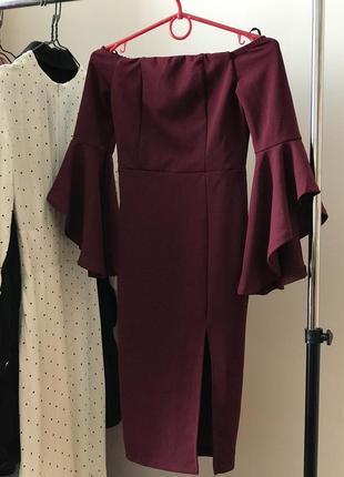 Платье с клеш рукавами xs