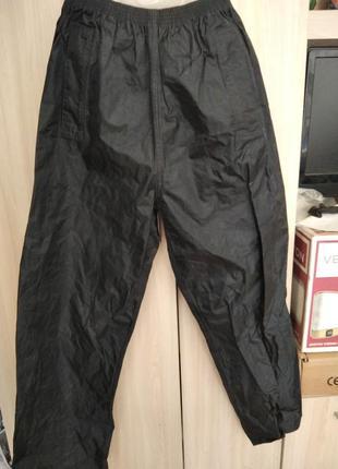 Водонепромокаеиые штаны