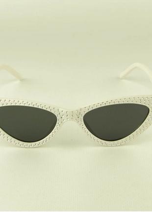 Женские очки кошачий глаз - белые черными линзами