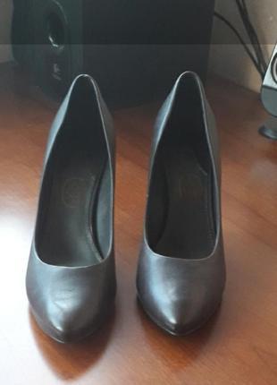 Итальянские туфли ash