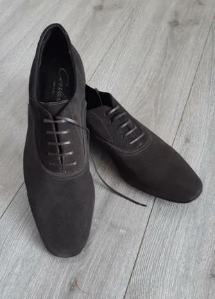 Шикарные замшевые туфли  на шнурках коричневые размер 43-43.5