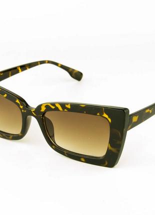 Стильные женские солнцезащитные очки - леопардовые