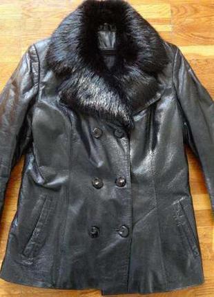 Куртка кожаная с натуральной с меховой подкладкой
