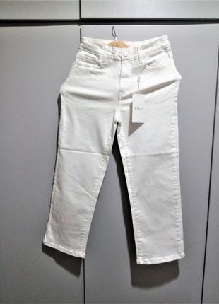 S р стильные укороченные джинсы vila