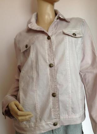 Пудровая курточка спортивного фасона/xl/ brend kenny s