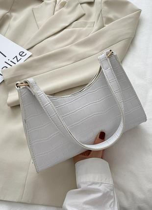 Сумка сумочка под винтаж ретро с ремнем новая белая стильная модная в руку на плечо