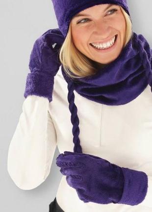 Плюшевый набор перчатки и шапка
